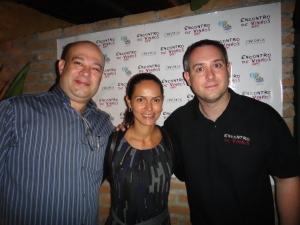 Encontro-de-vinhos-off-Almir-dos-Anjos-Cristina-Almeida-Prado-e-Daniel-Perches