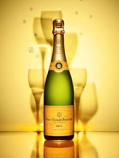 Veuve-Clicquot-champagne-bottle-sommeliere