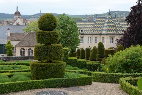 Domaine-Père-et-Fils-jardim